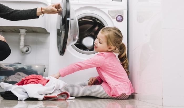 Tại sao bạn nên mở cửa máy giặt cửa ngang khi không sử dụng