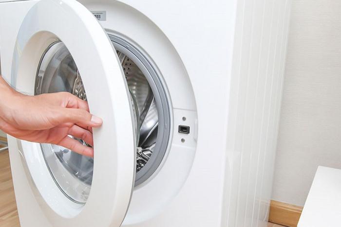 Cách phòng tránh nấm mốc, mùi hôi trong máy giặt