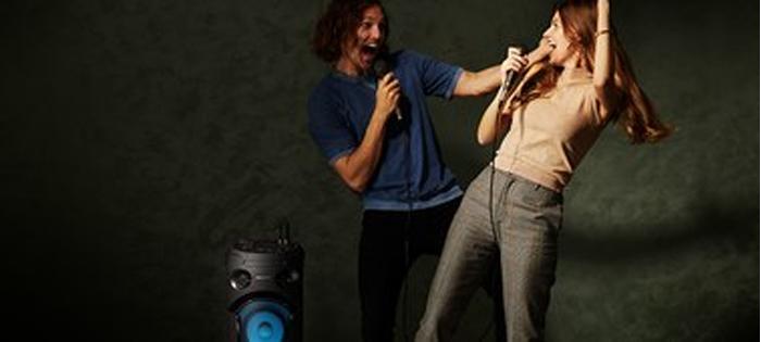 hát karaoke với loa sony
