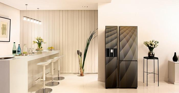 Nên mua tủ lạnh Electrolux hay Hitachi?