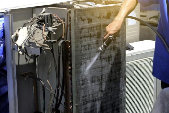 Cách vệ sinh lưới lọc máy lạnh